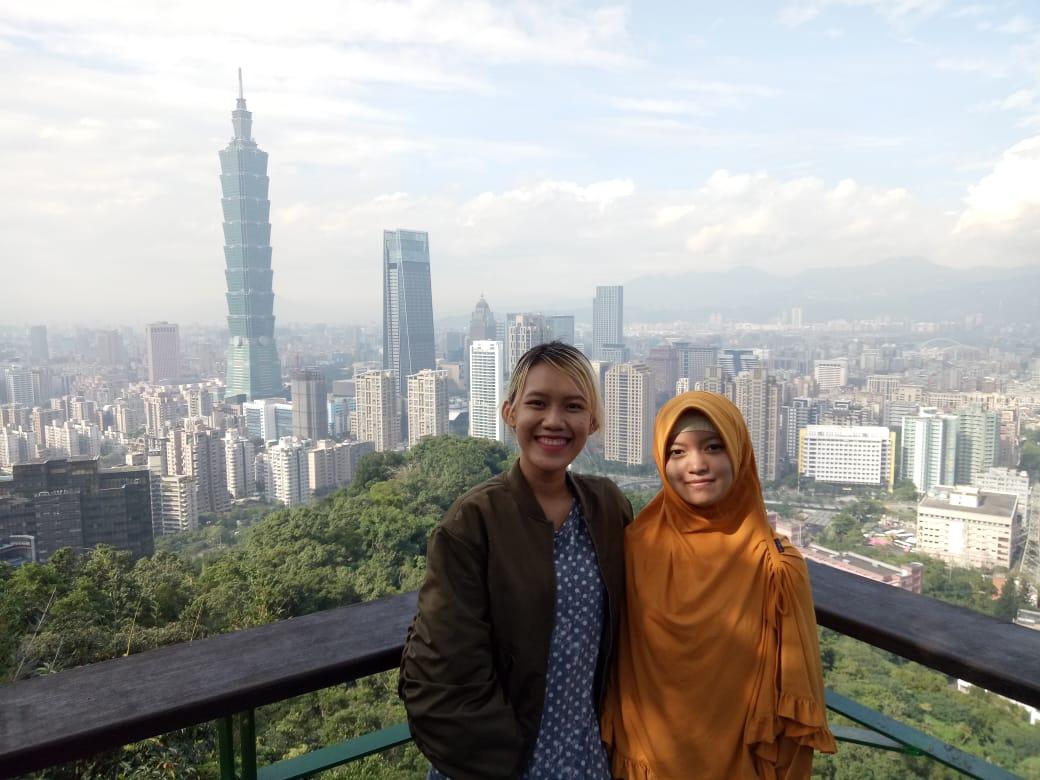Ikut Joint Research, 2 Mahasiswi IIB Darmajaya Penelitian di Taiwan