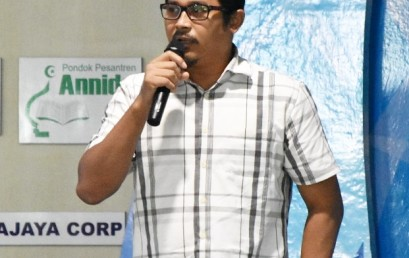 Dosen dan Pakar Motion Tracking System IIB Darmajaya, Menyelesaikan Doktor dari Universiti Brunei Darussalam