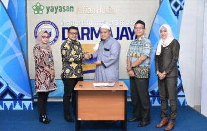 Training Softskill, IIB Darmajaya-PT Mandiri Utama Finance Teken MoU