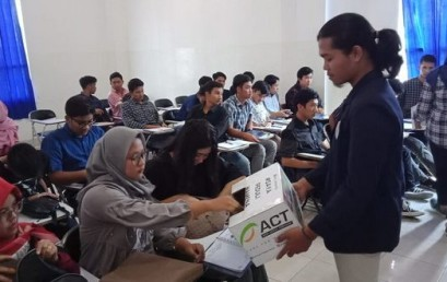 Aksi Solidaritas Mahasiswa IIB Darmajaya untuk Korban Konflik Wamena