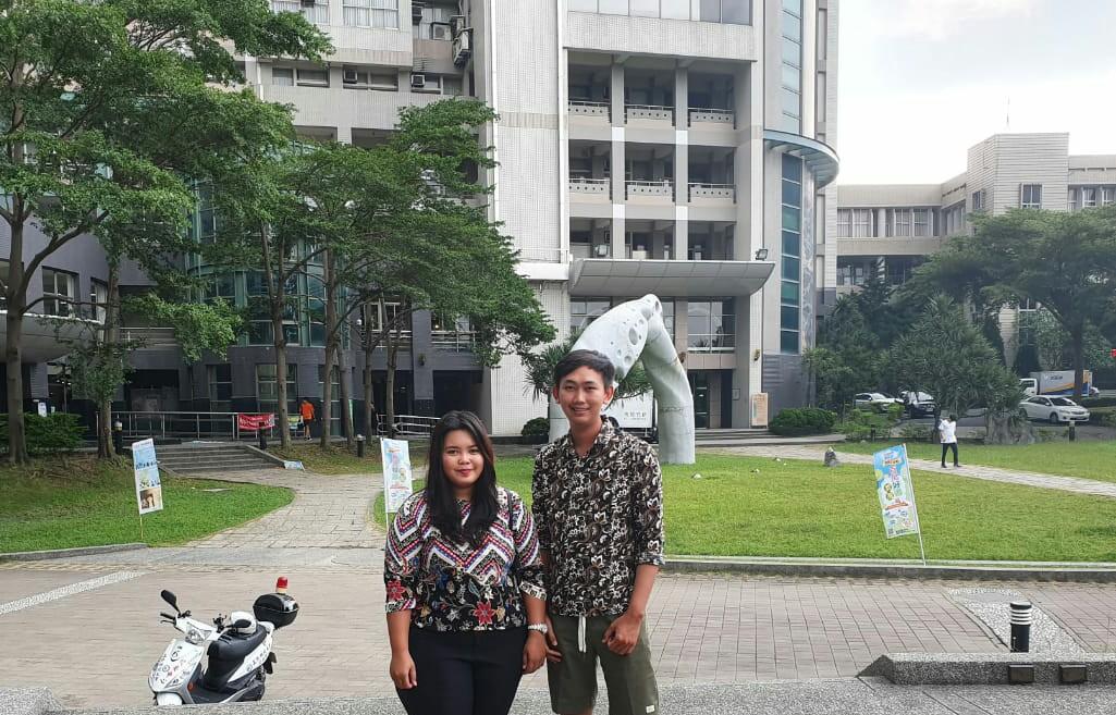 Dua Mahasiswa IIB Darmajaya Garap Penelitian Skripsi di Taiwan