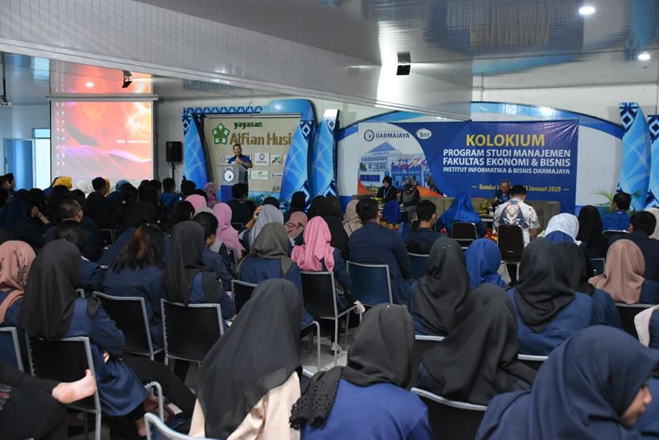 Gencarkan Publikasi Karya Ilmiah, Ratusan Mahasiswa Manajemen IIB Darmajaya Ikuti Kolokium