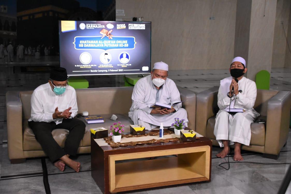Gelar Khataman 30 Juz, Rektor IIB Darmajaya Mengajak Tingkatkan Cinta Al-Quran