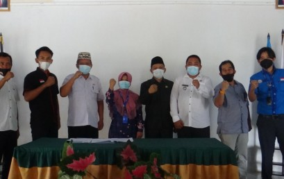LPPM IIB Darmajaya Hibahkan Komputer Dukung Digitalisasi Desa Binaan Jati Indah Lampung Selatan