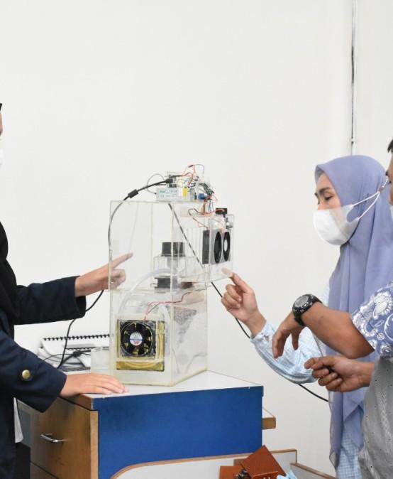 Mahasiswi Kampus Terbaik di Lampung Ciptakan Sistem Filterisasi Asap Rokok Otomatis, Begini Fungsinya