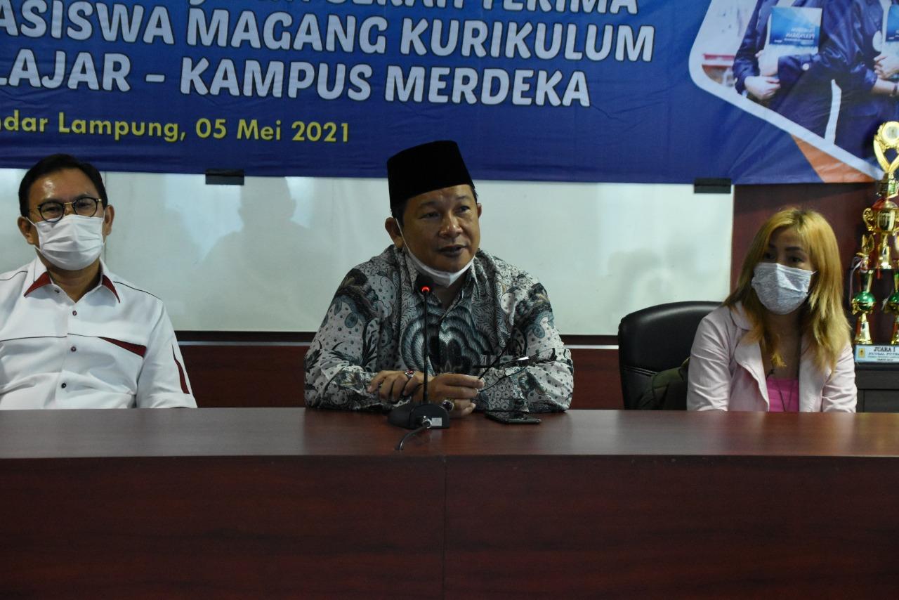 Implementasi Kurikulum MBKM, 18 Mahasiswa Kampus Terbaik IIB Darmajaya Magang ke Perusahaan Terkemuka Nasional dan UMKM di Lampung