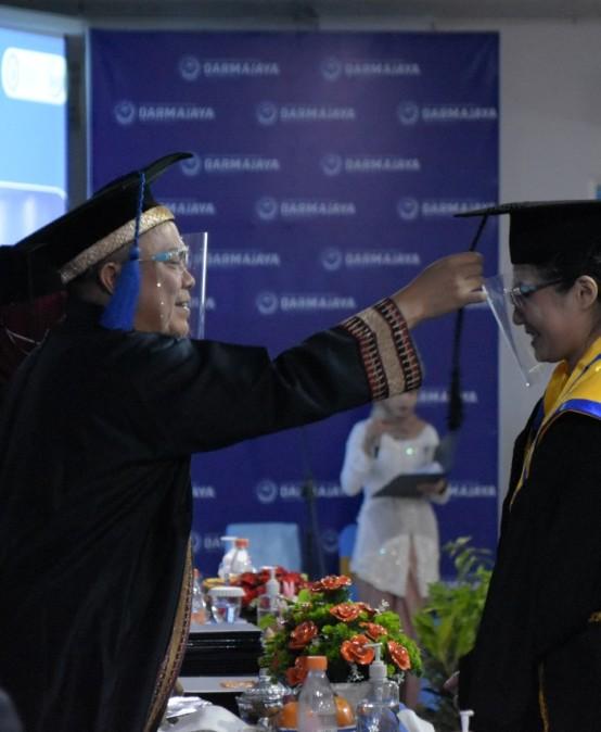Wisuda Ke-31, PTS Terbaik di Lampung IIB Darmajaya Mewisuda 342 Lulusan
