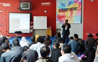 PulungSwandaru Isi Workshop Melukis UKM Kombir Darmajaya