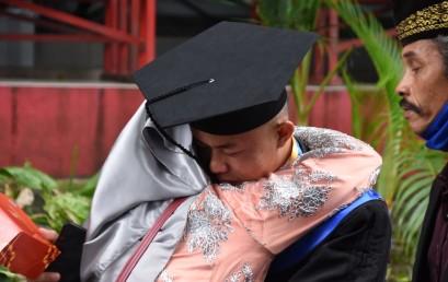 Modal Tekad, Anak Petani dan Hafiz Quran ini Menjadi Mahasiswa Berprestasi