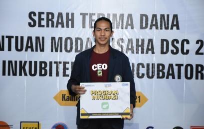 Dari Kuliah Technopreneur, Mahasiswa TI Ini Garap Sanak Farm Jadi Pemenang DSC 2021