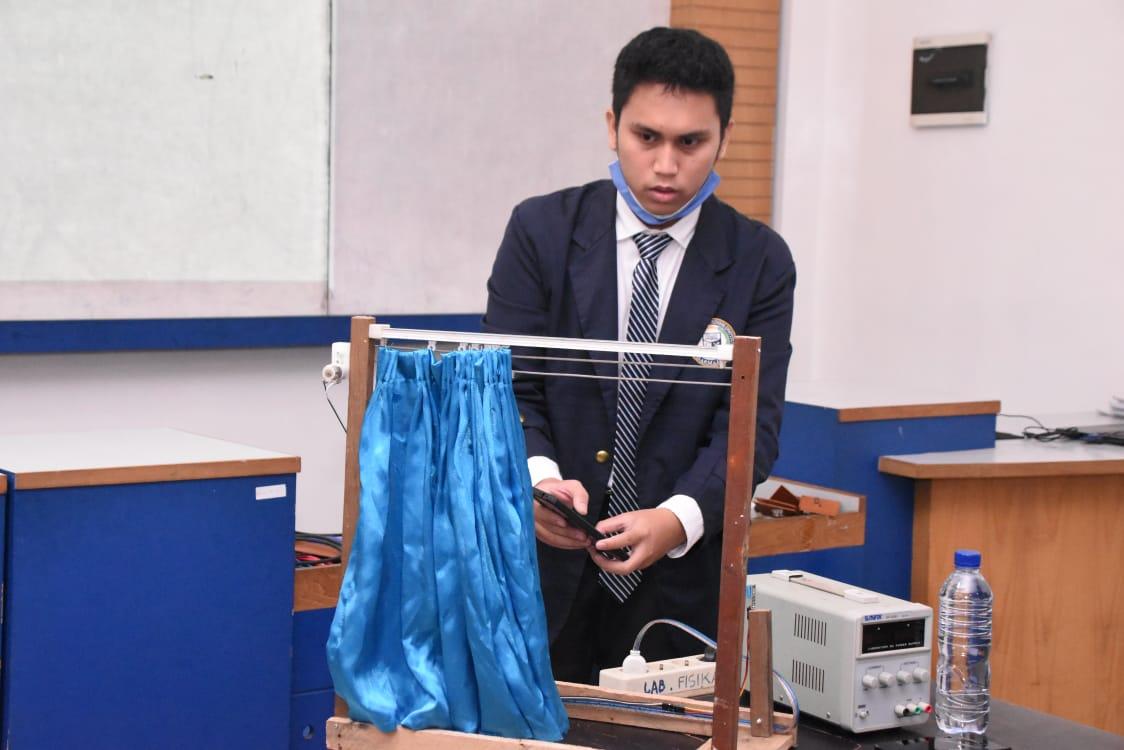 Mahasiswa Kampus Terbaik ini Ciptakan Alat Kelembapan Ruangan dan Kontrol Gorden Jendela