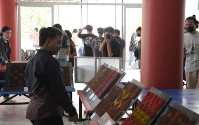Mahasiswa Prodi DKV Darmajaya Pamerkan Karya Nirmana Trimatra 3D-Match Stick