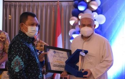 Rektor Darmajaya Dedikasikan Penghargaan Pelopor Beasiswa Penghapal Al-Quran kepada Civitas Academica
