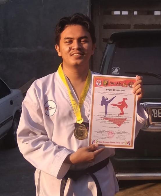 Mahasiswa PTS Terbaik se Sumbagsel dan Hafiz Quran ini Juara E-Tournament Festival Taekwondo Lampung 2021
