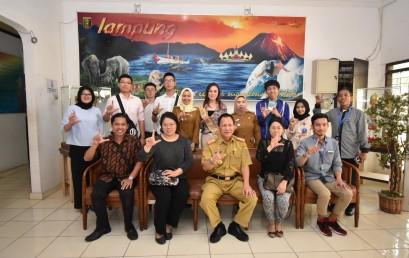 Kenalkan Budaya dan Wisata Lampung, NTVU – Darmajaya Kunjungi Dinas Pariwisata