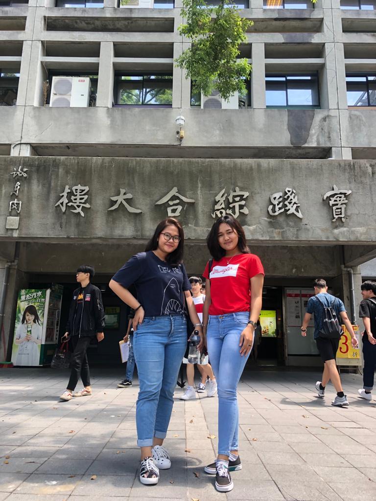 Dua Mahasiswi IIB Darmajaya ke Taiwan : Kagum dan Disiplin