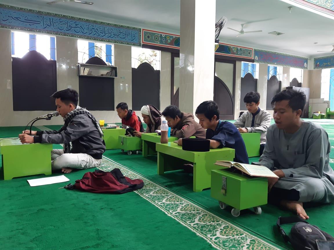 Pergantian Tahun, Mahasiswa IIB Darmajaya Khataman Quran