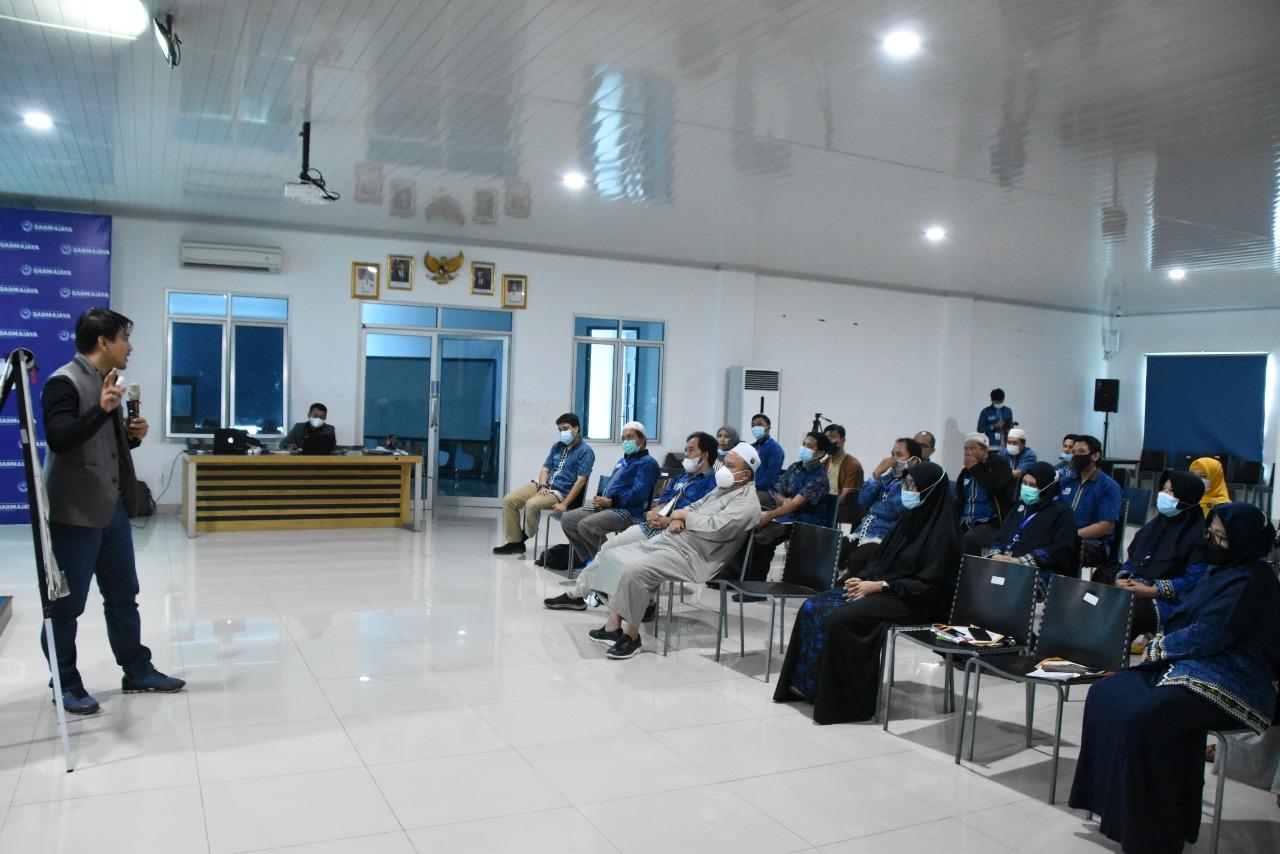 IIB Darmajaya Gelar Training Communication Skills untuk Dosen Prodi TI