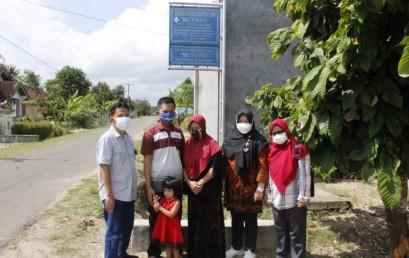 Pengabdian Masyarakat, Dosen IIB Darmajaya Rancang Website KUB Mutiara untuk Tingkatkan Penjualan Tapis