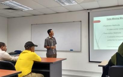 Dosen Sistem Informasi IIB Darmajaya Menjadi Pembicara di Universiti Utara Malaysia