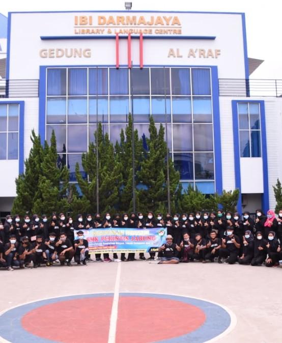SMK Perintis Adiluhur Kunjungan Industri ke Kampus Terbaik di Lampung
