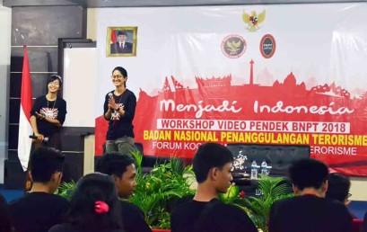 """Workshop Video Pendek BNPT  """"Menjadi Indonesia"""" di Kampus IIB Darmajaya"""