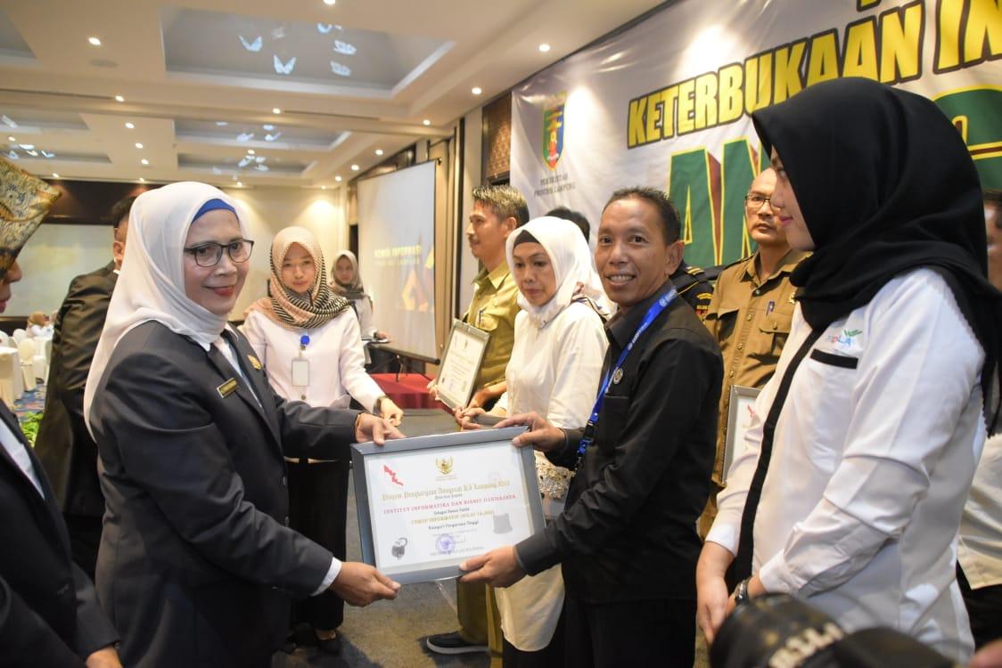 IIB Darmajaya Kembali Raih Anugerah KI Lampung 2019