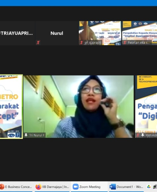 Dosen Kampus Terbaik di Lampung Kenalkan Startup kepada Pelajar SMAN 1 Metro