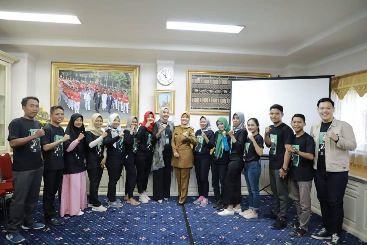 Mahasiswi IIB Darmajaya Jadi Aspri Wagub Lampung : Senang Tambah Wawasan