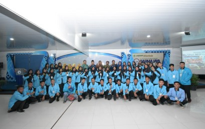 Dua SMK Negeri Kunjungan Industri ke IIB Darmajaya