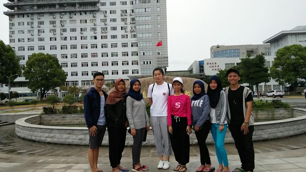 Kampus IIB Darmajaya Kirim 19 Mahasiswa Kuliah di Empat Negara