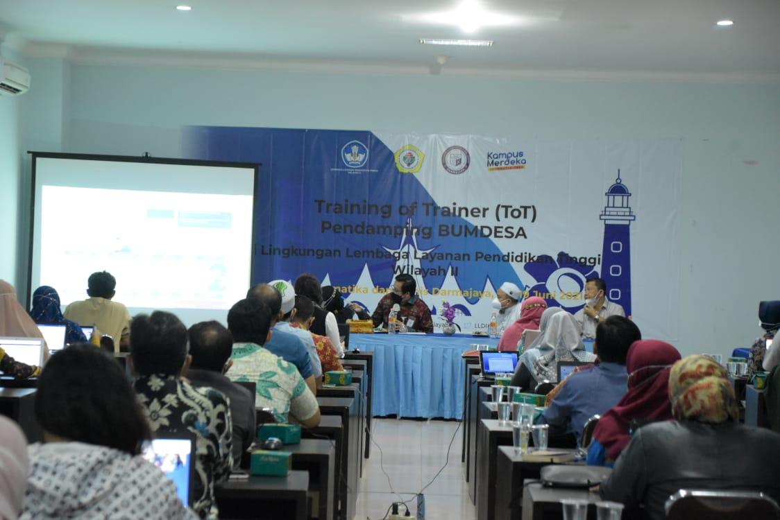 LLDikti Wilayah II Palembang – IIB Darmajaya Gelar ToT Pendamping BUMDes