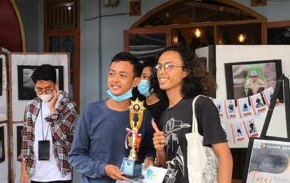 Mahasiswa Jurusan DKV ini Juara Lomba Fotografi se Bandar Lampung
