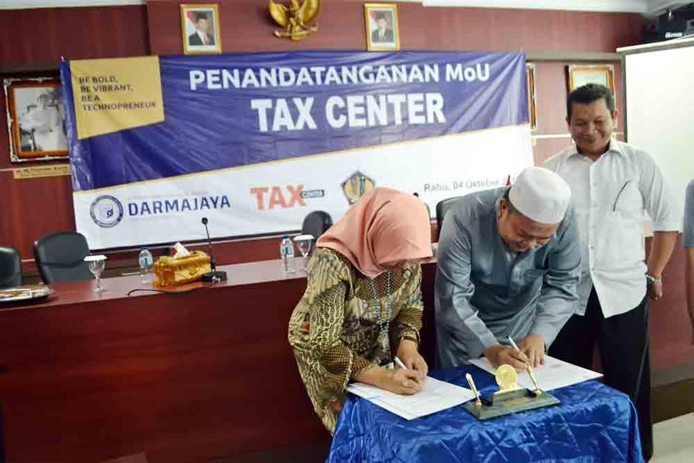 IIB Darmajaya-Kanwil Dirjend Pajak Bengkulu Lampung Tandatangani MoU Tax Center