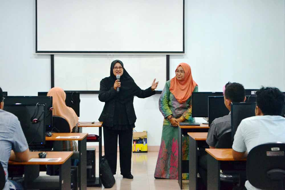 Darmajaya-UKM Cesmed Gelar Workshop Talent Manajement dan Pelatihan Software Accounting