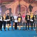 Bawakan Karena Ku Sanggup, Siswi SMANDAJuarai Darmajaya Voice Festival