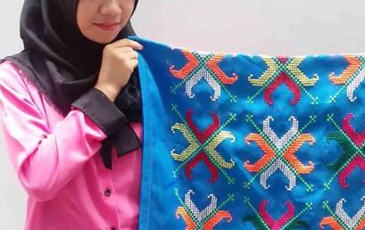Lestarikan Sulam Lampung, Mahasiswa Darmajaya Menangkan PKM-K Dikti