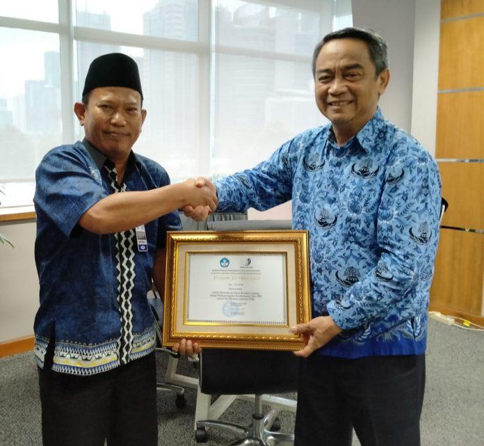 IIB Darmajaya Mendapat Penghargaan Kemdikbud RI