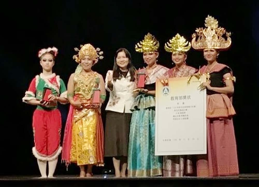 Harumkan Nama Indonesia, Mahasiswa DarmajayaJawara Tarian Lampung di Taiwan