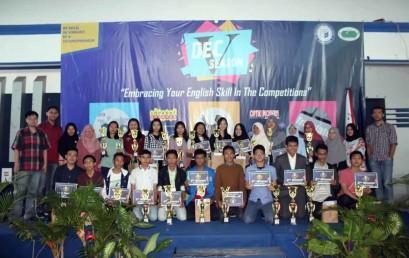SMAN 2 Bandar Lampung Juara Debate Darmajaya English Competition