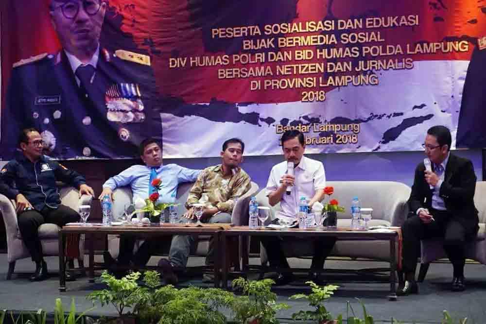 Bersama Mabes Polri-Polda Lampung, Dosen Darmajaya Ajak Netizen Berantas Informasi Hoax
