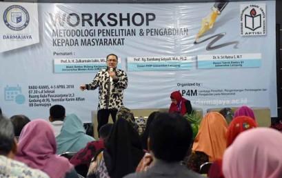 Workshop Darmajaya-APTISI Wil II-B Lampung, Prof. Zulkarnain : Tidak Ada Penelitian Tanpa Masalah