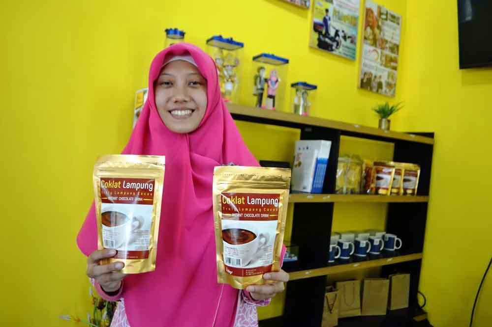 Mau Coba Minuman Berbuka ala IIB Darmajaya, Coba Saja Resep Coklat Lampung ini…