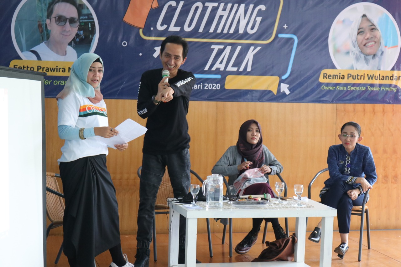 Hadirkan Entrepreneur, Inkubitek IIB Darmajaya Gelar Clothing Talk kepada Mahasiswa