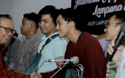 Mahasiswa IIB Darmajaya Juara Dua Lomba Foto Festival Kopi Lampung