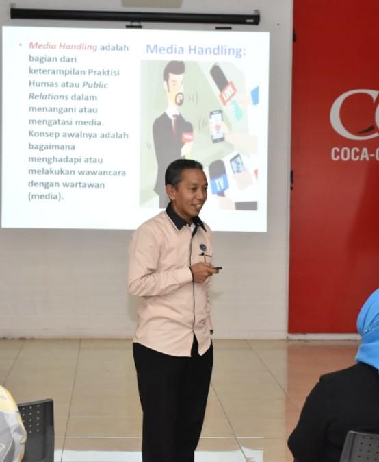 Humas IIB Darmajaya Ajarkan Media Handling kepada Anggota BPC Perhumas Lampung