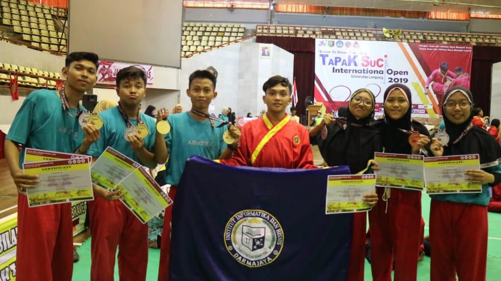Enam Mahasiswa IIB Darmajaya, Raih 7 Gelar Juara Tapak Suci International Open 2019